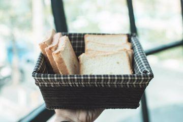 تصویر از سبد نان رویان متوسط چهارخانه ریز